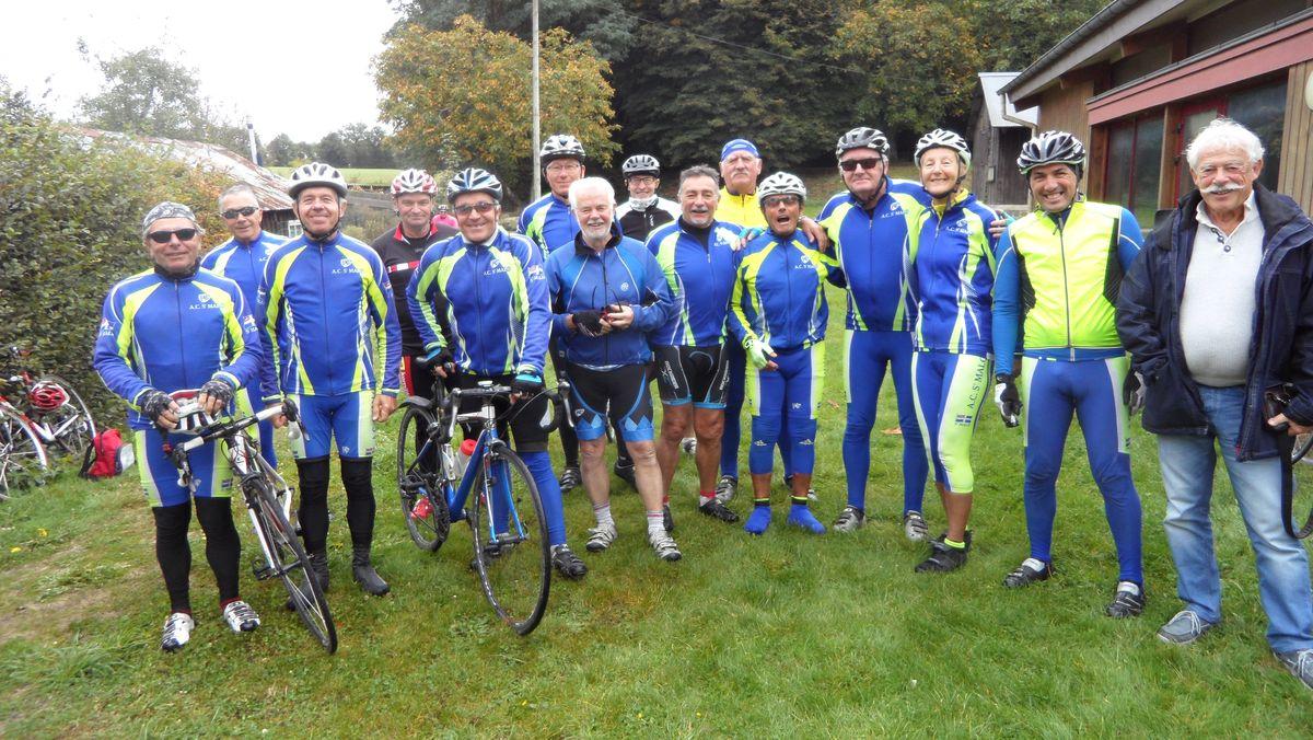 Amicale cyclotourisme sortie en groupe à Saint-Malo